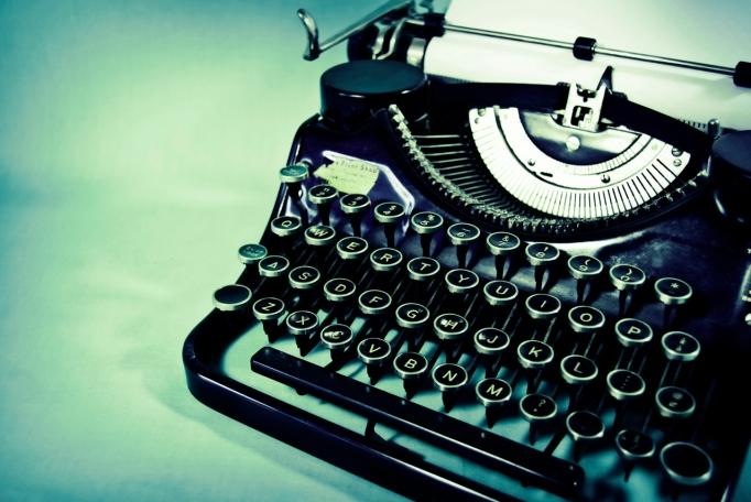 typewriter-1580800-1278x855-copy